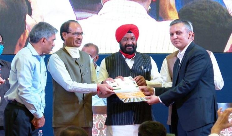 NTPC REL receives the Letter of Award for 325 MW Solar Projects from Honourable Chief Minister of Madhya Pradesh